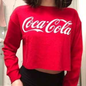 Forever 21 | Cropped Red Coca-Cola longsleeve💋